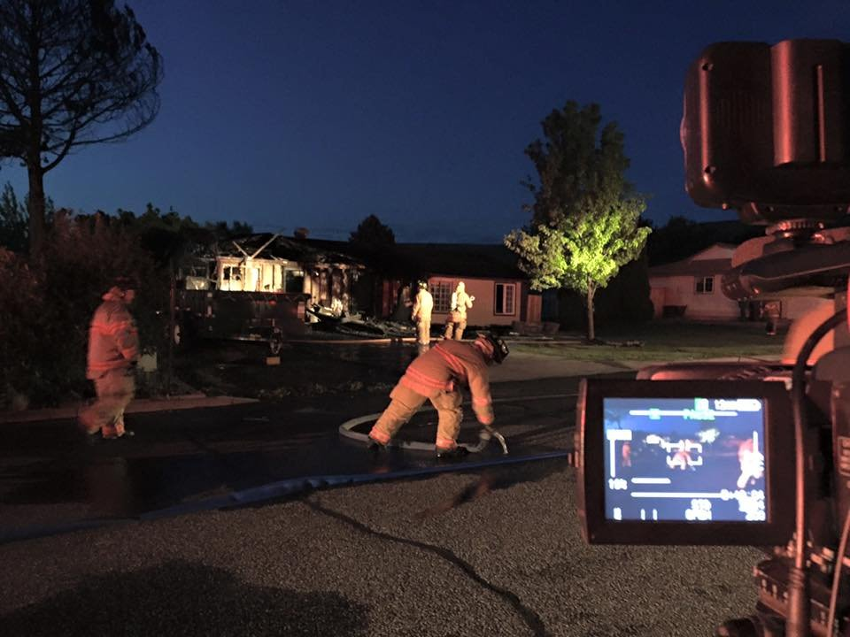 Early morning fire in Kennewick