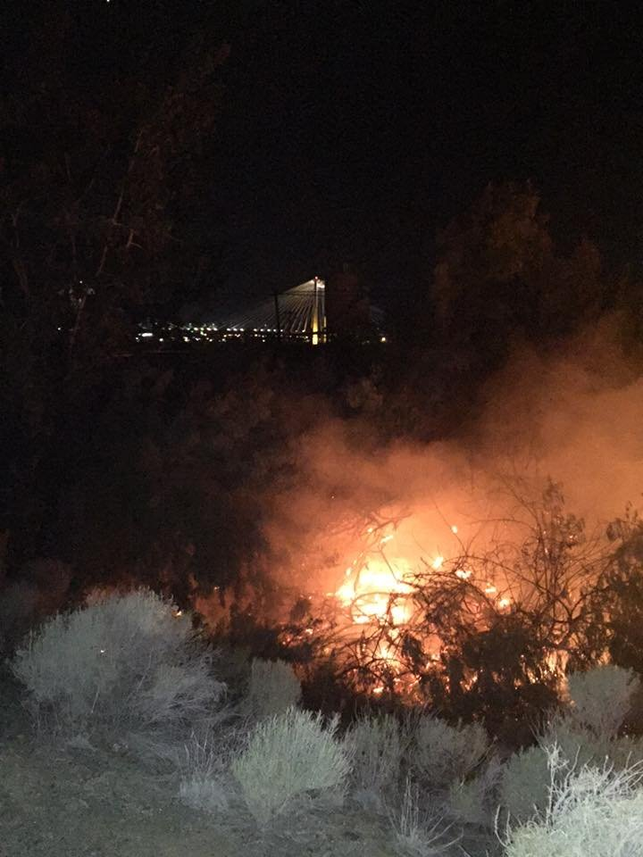 Brush fire in Pasco