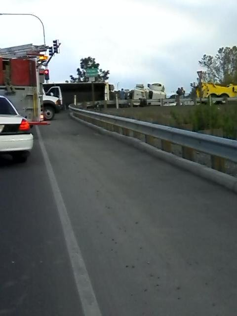 Truck Accident at I-82 and E. Nob Hill Blvd.
