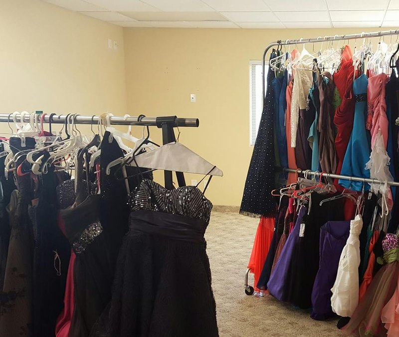 Program Gives Free Prom Dresses For Girls Nbc Right Nowkndokndu