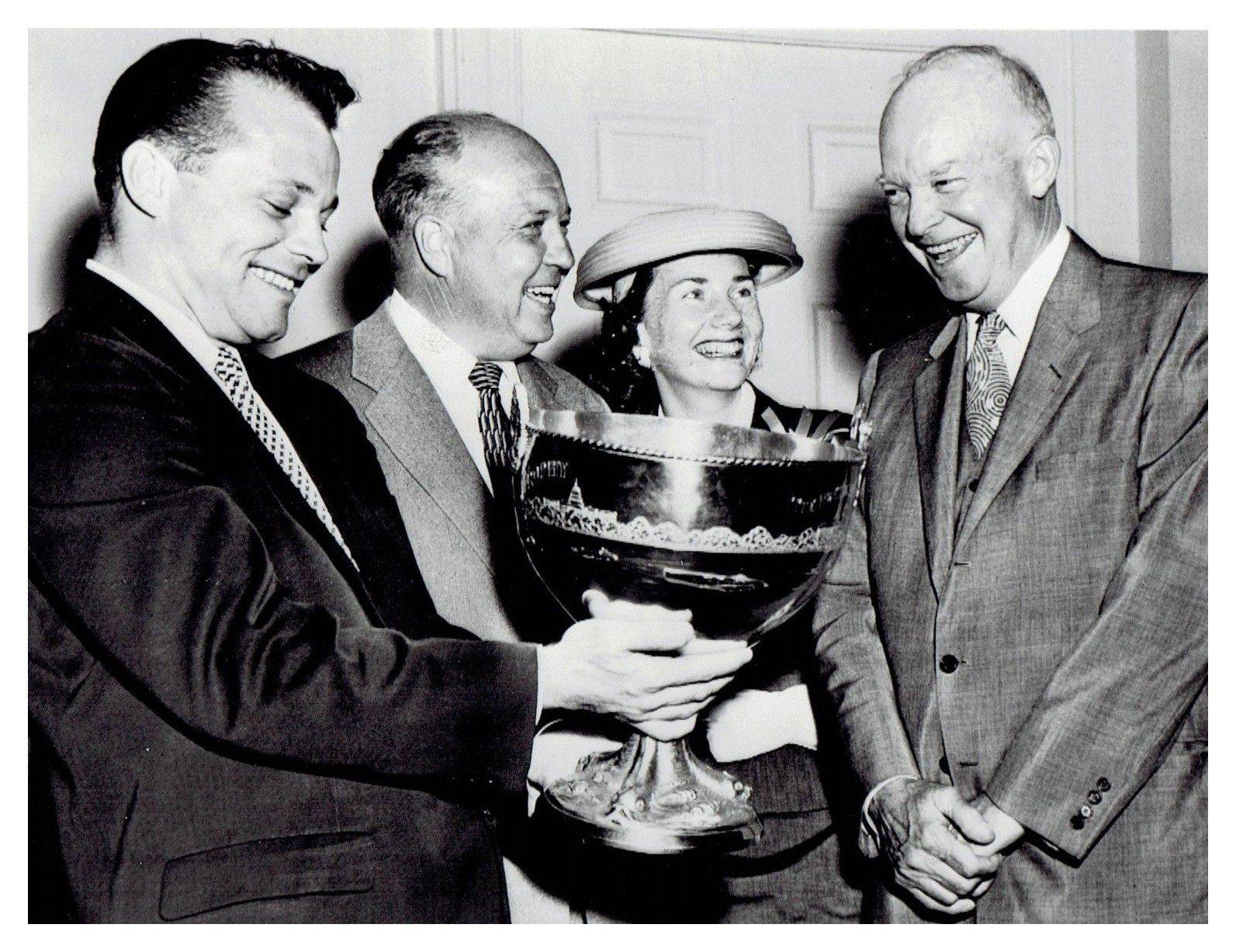 President Eisenhower with winner Bill Muncey