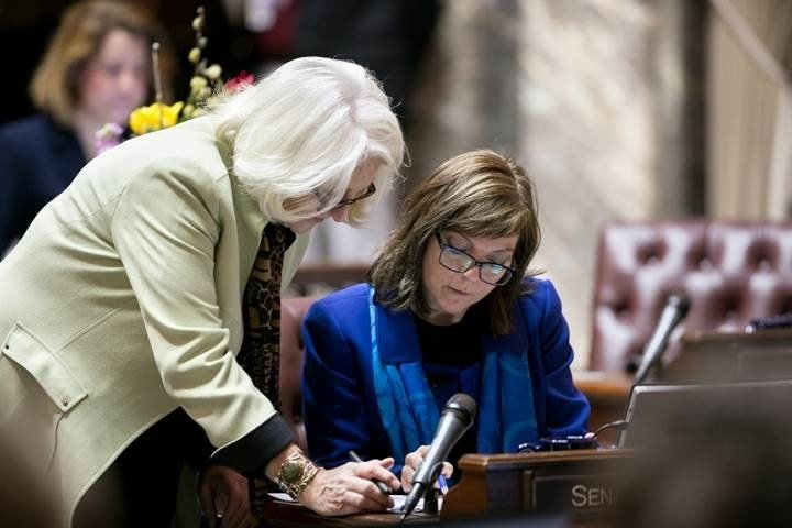 Senate unanimously approves browns college campus suicide preve senate unanimously approves browns college campus suicide preve nbc right nowkndokndu tri cities yakima wa ccuart Images
