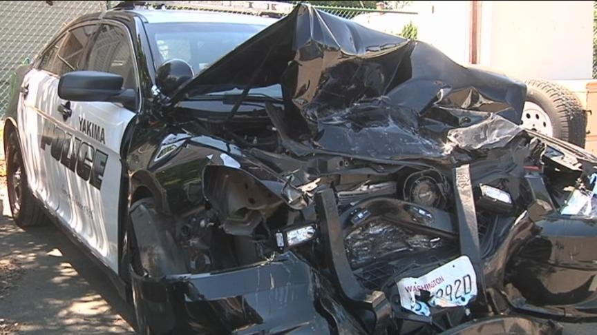 red truck and yakima police cruiser totaled after crash nbc right now kndo kndu tri cities. Black Bedroom Furniture Sets. Home Design Ideas