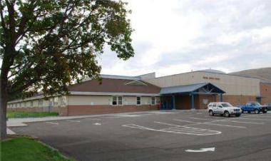 Housel Middle School in Prosser