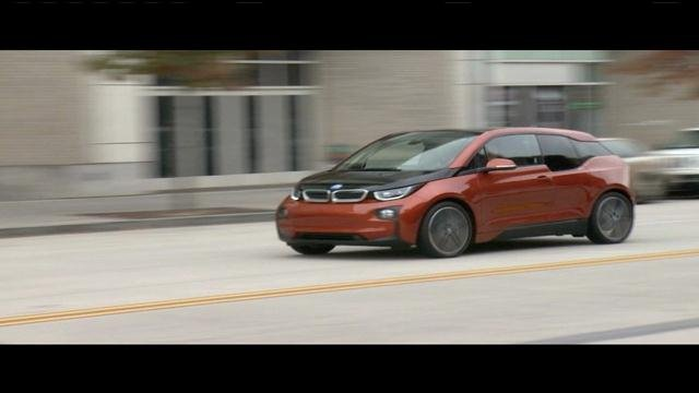Cantwell test drives the BMW i3 Thursday