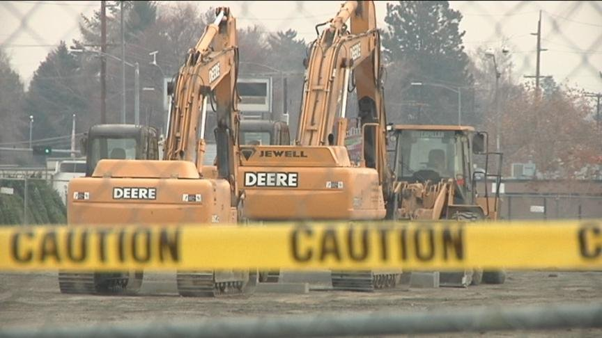 You may have seen the recent construction to the Nob Hill Plaza in Yakima. NBC Right Now looked into what was happening at the plaza and found out the new owner recently started development on the property.