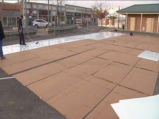 A brand new outdoor ice skating rink is coming to downtown Kennewick, but this one's a little different.