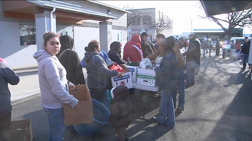 Local ranchers and Washington Beef employees handed out free packages of meat to over 300 families in Toppenish on Wednesday.