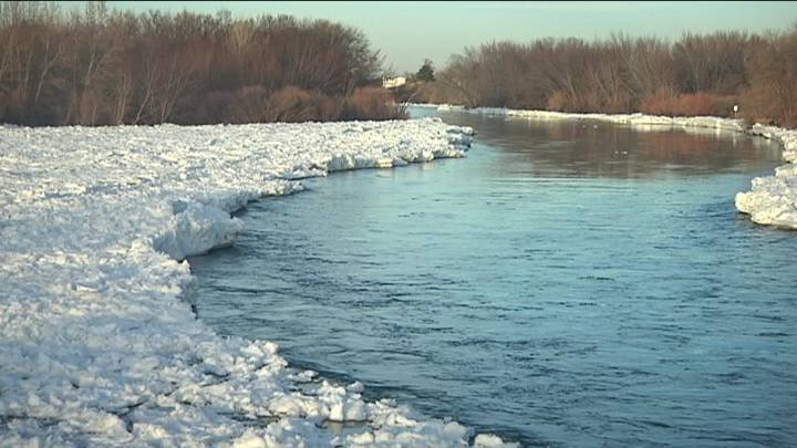 NBC Right Now first told you about the dangers of walking out on the icy Yakima River this week and the flooding that has closed roads in West Richland. People were still out walking the on the river Sunday.