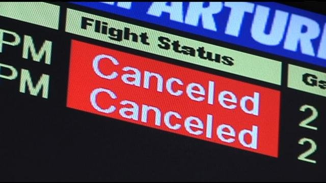 Dense fog at the Tri-Cities Airport is changing travel plans for hundreds of flyers.