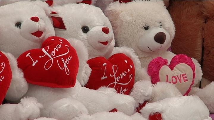 The week of Valentine's day, Americans are estimated to spend more than 18 billion dollars on their loved ones according to Bills.com.
