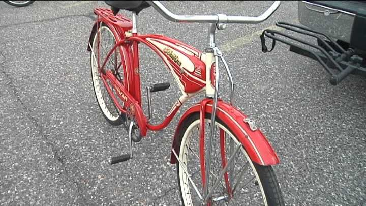 A group of Richland bike riders are bringing things back old school.