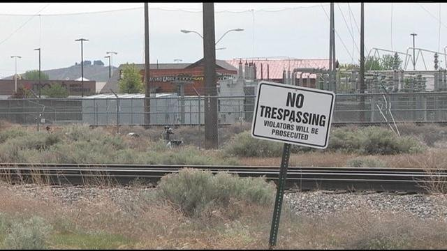 A long talked about project to connect Center Parkway in Kennewick and Tapteal Drive in Richland has hit a roadblock.