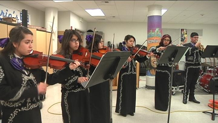 Students are getting a taste of Mexican culture in the Pasco School District.