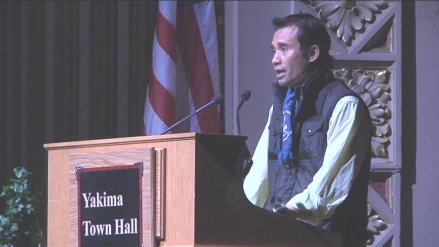 Hundreds listened to the inspirational story of survival from Wednesday's Yakima Town Hall speaker, Arn Chorn Pond.