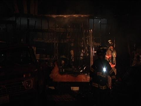 Firefighters in Benton City are trying to figure out what started a fire at a mobile home early Thursday morning.