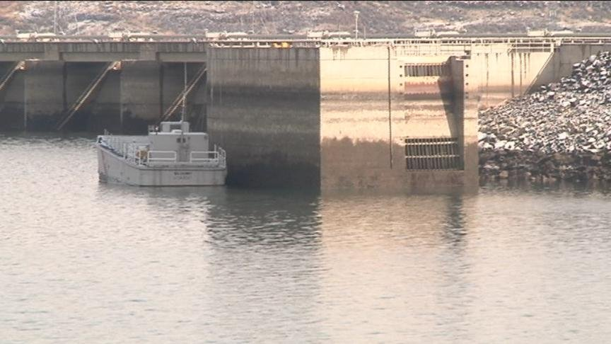 A contractor is erecting a platform on the Wanapum Dam for drilling to explore the size of the crack that was discovered February 27th in a spillway pier.