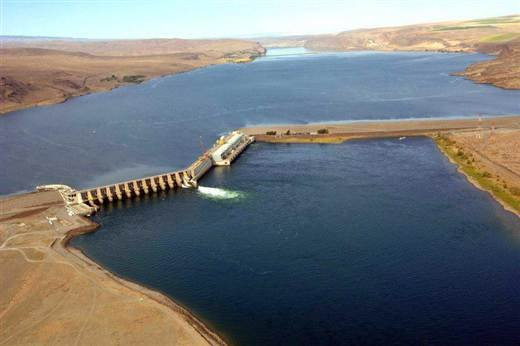 The Grant County Public Utility District says the crack in the Wanapum Dam may have been there for some time.