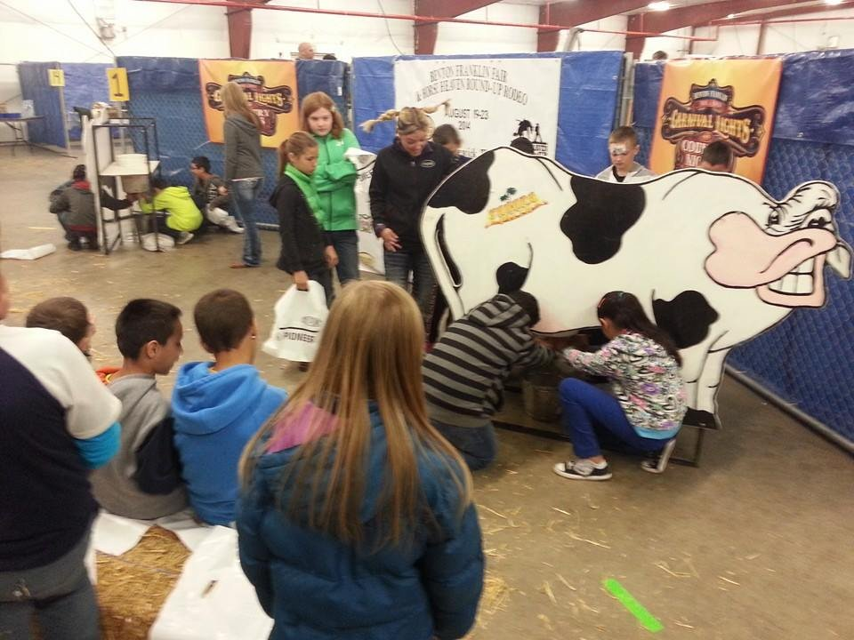 Close to 1,000 fifth graders, from around the region, are getting hands-on experience on what it's like to work in the agricultural business.
