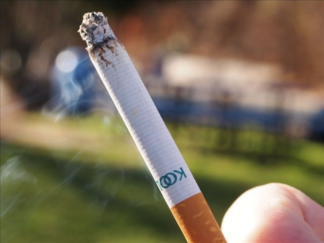 More minors in the state of Washington are getting their hands on tobacco.