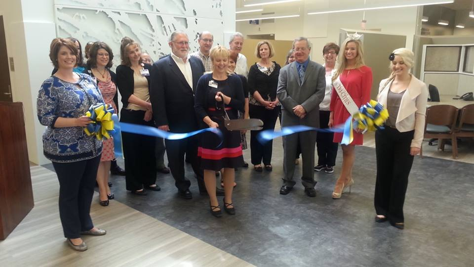 On Thursday, Kadlec cut the ribbon on what it calls its new Healthplex on Lee Boulevard in Richland.