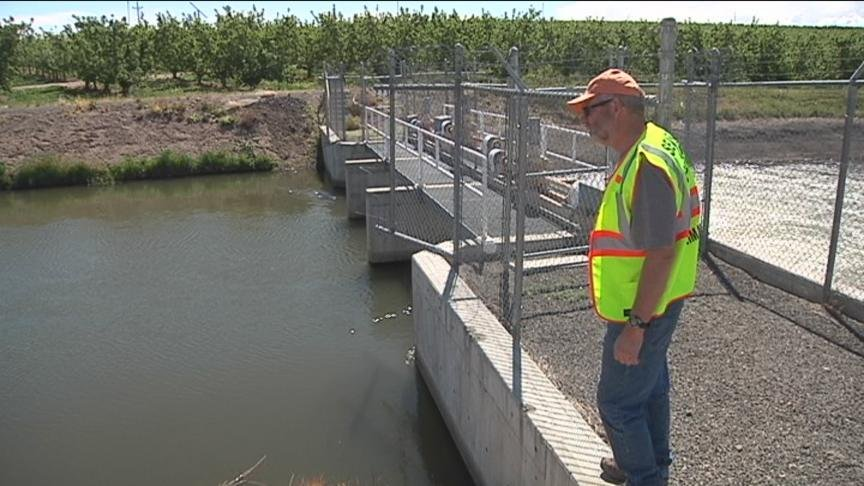 It's now been more than a week since an 18-year-old boy disappeared near the Roza Canal in Terrace Heights but the Yakima County Search and Rescue team is not giving up.