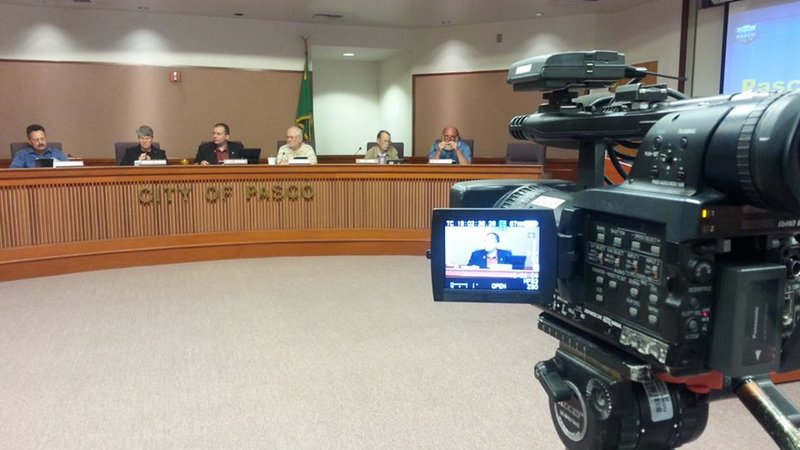 Pasco city council bans smoking cigarettes e cigarettes - Public swimming pools tri cities wa ...