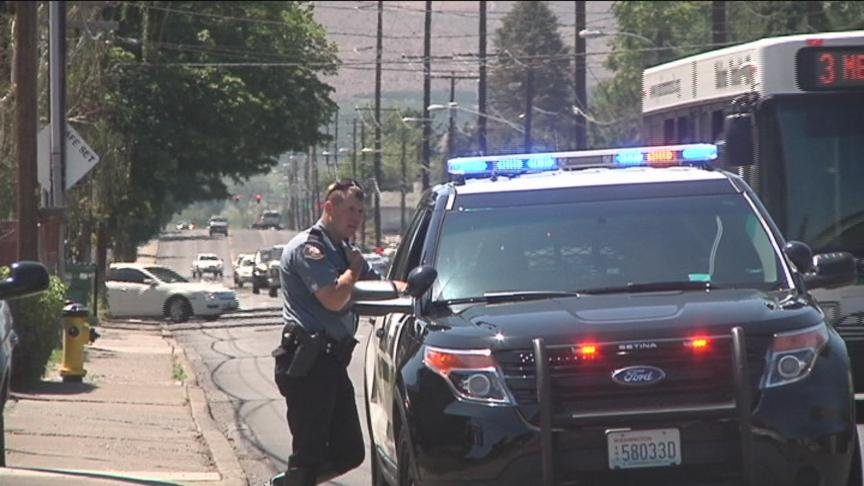 Yakima Police and Firefighters quickly put out a vehicle fire Thursday afternoon.