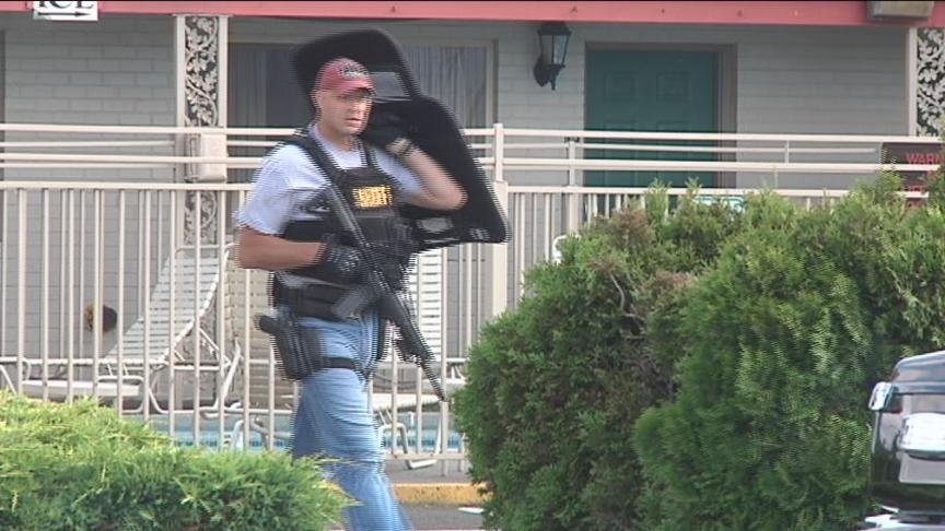 Yakima SWAT ended a 2-hour standoff at the Yakima Valley Inn on North First Street on Tuesday.