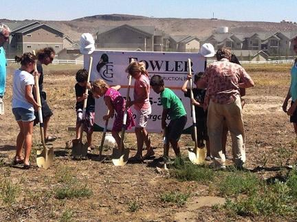 People living in south Richland will have a new school in the area.