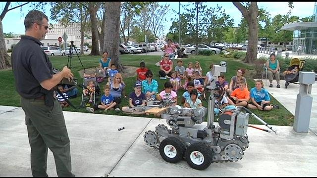 On Thursday, the Richland Bomb Squad showed off their bomb unit and robot to kids at the Richland Public Library.