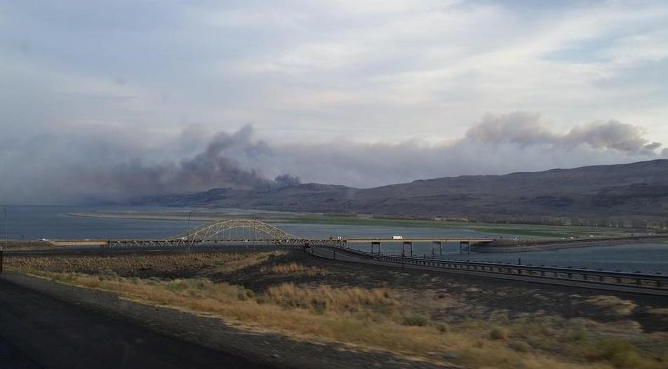 We are just learning about a new fire in Kittitas County, near Vantage off the I-90 bridge that goes across the Columbia River.