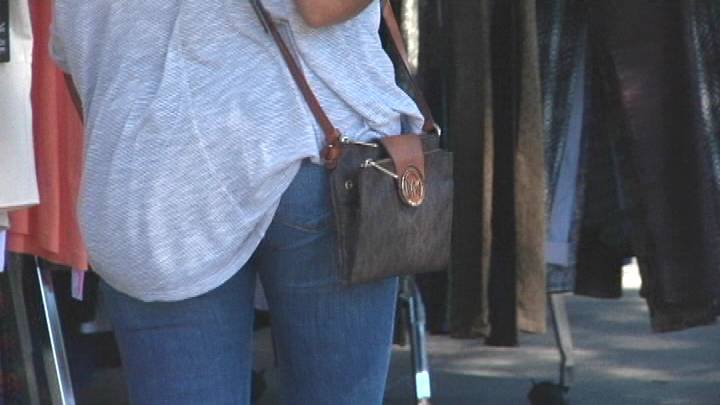 The busy foot traffic in the downtown area became a scene of quick street thefts this past weekend.