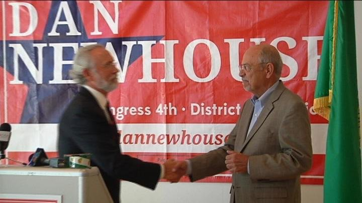 Wednesday at a public meeting, retiring Congressman Doc Hastings stood with fellow Republican Dan Newhouse and endorsed him to fill the seat of U.S. Representative for Washington's 4th District.