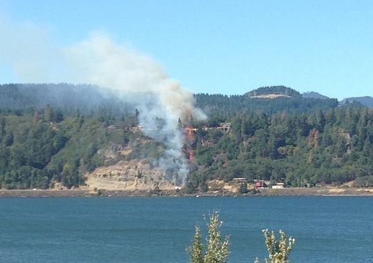 Fire Damages Homes Near White Salmon Nbc Right Now Kndo