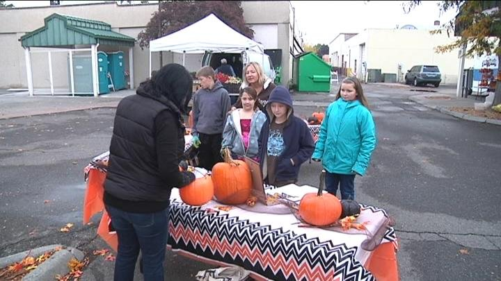 Kids showed their carved pumpkins at the Pasco Farmer's Market.