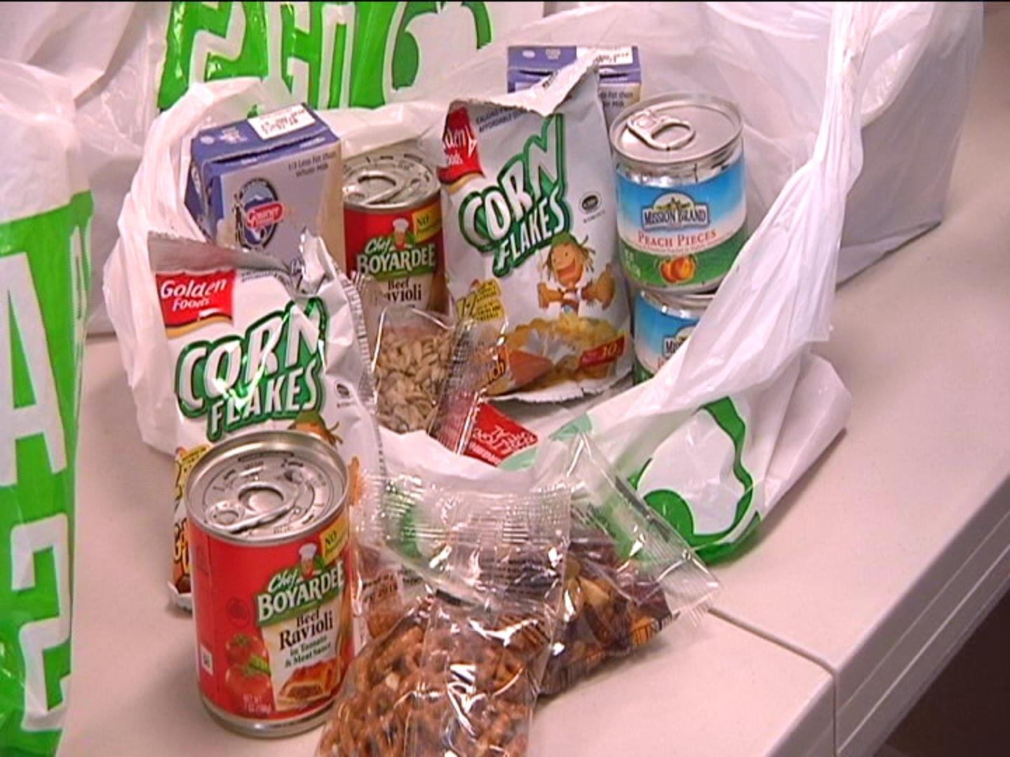 The kits include several non-perishable items for kids to eat over the weekends.