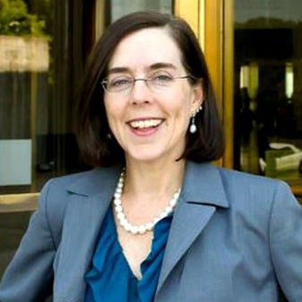 Oregon governor says state will accept refugees