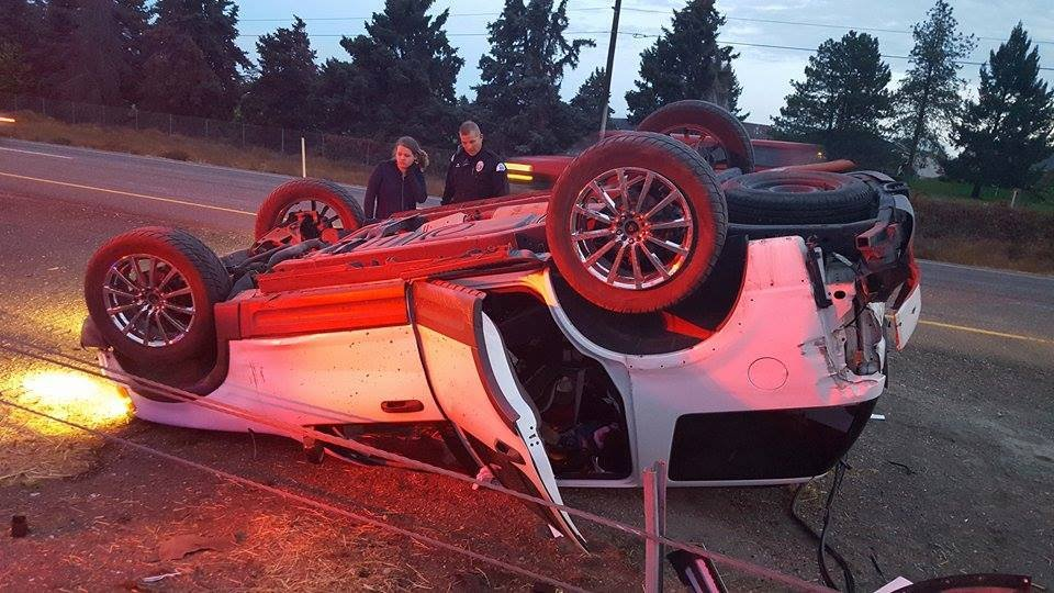 Rollover accident along I-182 in Pasco