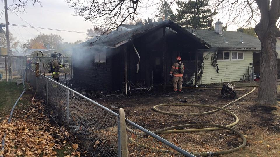 Fire destroys home in Richland