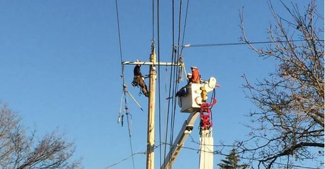Avista Utilities and school maintenance crews in Spokane are making significant progress to restore power to all of it's sites