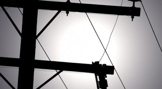 Crews were dispatched to make the repairs and everyone should have their power back on.