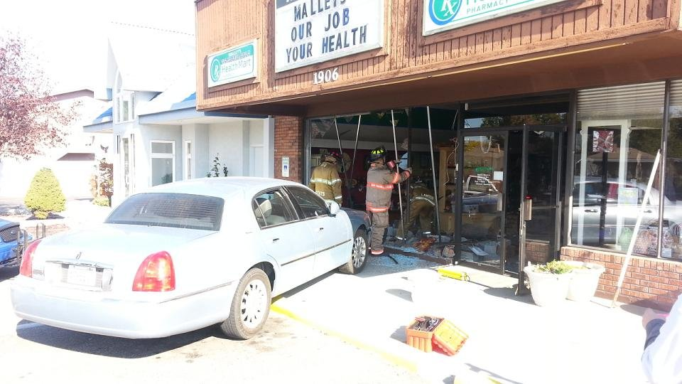 UPDATE: Malley's Pharmacy in Richland Open after Crash ...